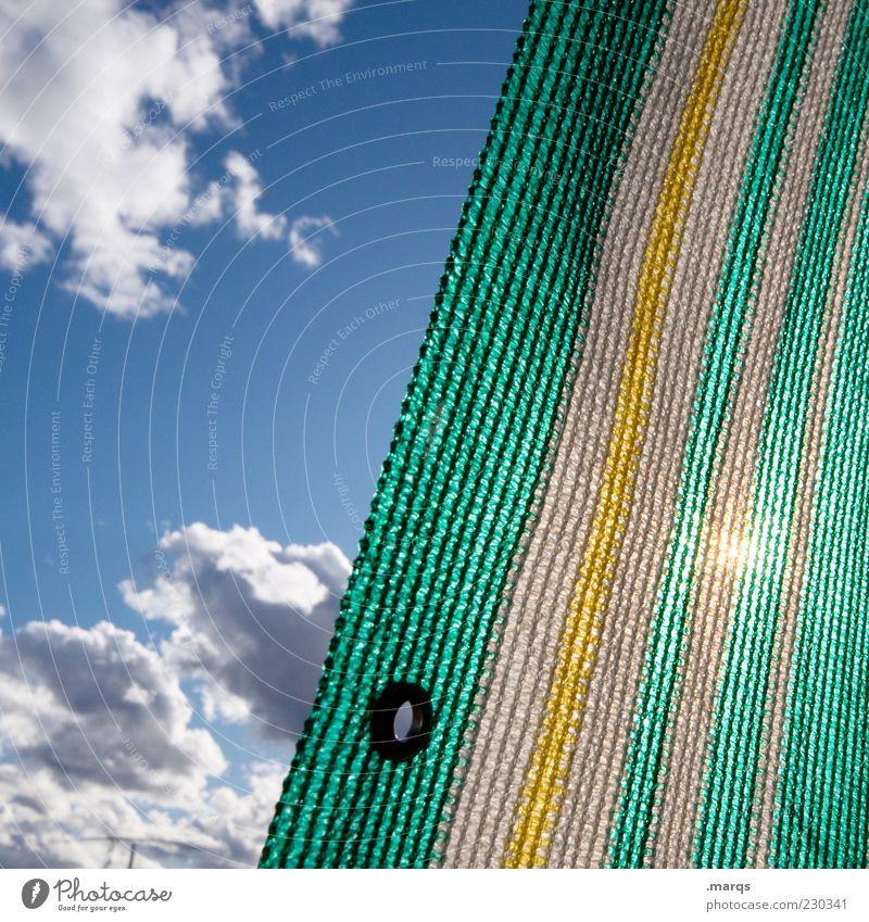Comeback Erholung Himmel Wolken Sonnenlicht Schönes Wetter Streifen Markise Abdeckung blau gelb grün Farbfoto Außenaufnahme Nahaufnahme Gegenlicht Menschenleer