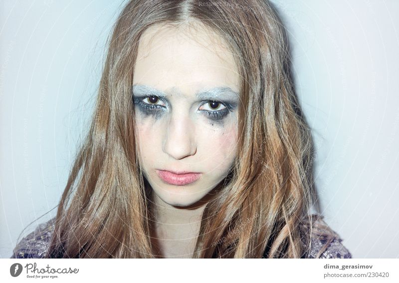 Weinen Bearbeiten schön Haut Gesicht Schminke Mensch Junge Frau Jugendliche Erwachsene Kopf Auge Nase 1 Haare & Frisuren brünett blond langhaarig weinen dünn