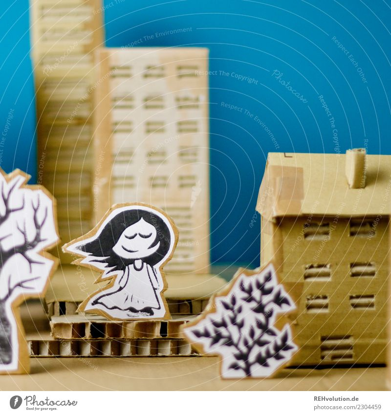 Pappland | Mädchen im Wind Mensch Jugendliche blau Stadt Erholung Haus Einsamkeit Lifestyle feminin Stil außergewöhnlich Haare & Frisuren braun Freizeit & Hobby