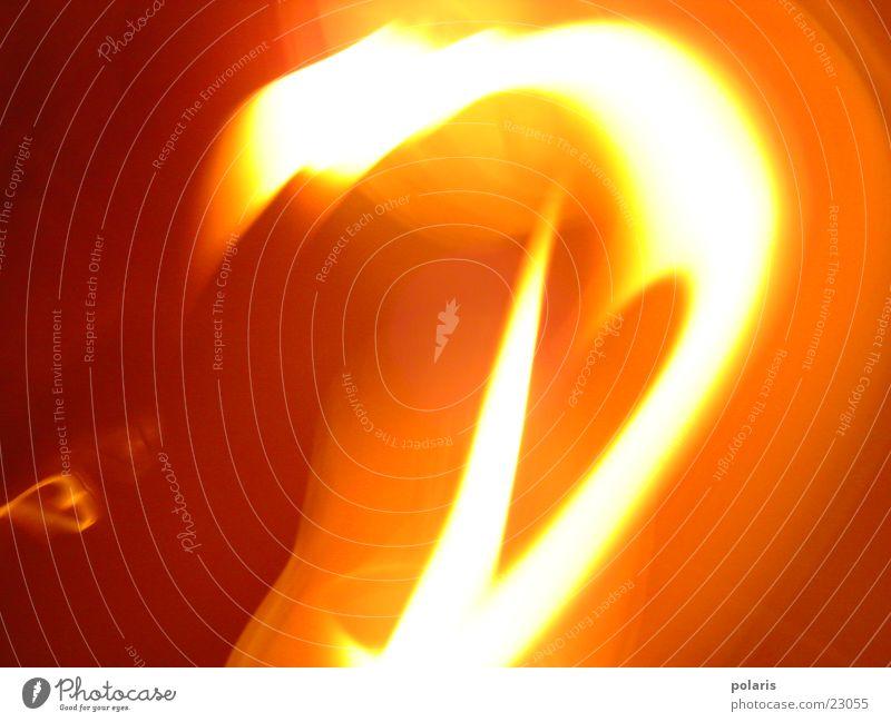 feuer?3 rot gelb Zerstörung Fototechnik Energiewirtschaft Brand Linie Kontrast Natur Teile u. Stücke gewaltig Flamme
