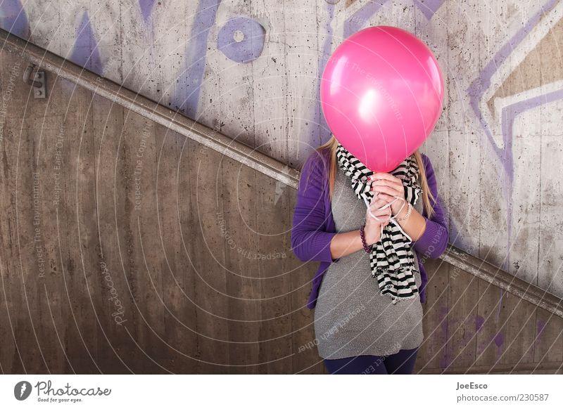 #230587 Mensch Jugendliche schön Freude Erwachsene feminin Leben Graffiti Stil Freizeit & Hobby rosa Beton verrückt Coolness Luftballon einzigartig