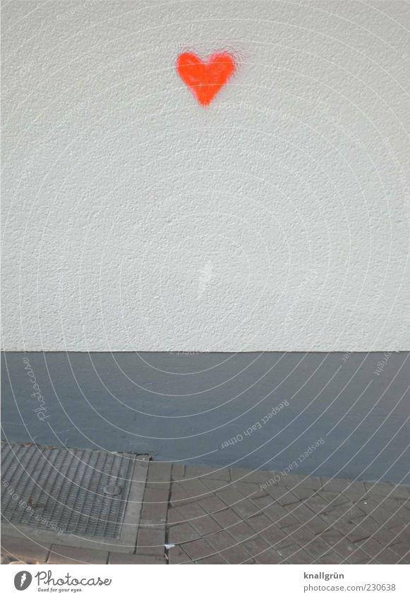 Urban love Haus Mauer Wand Herz Kommunizieren leuchten grau rot weiß Inspiration Graffiti neonfarbig Farbfoto Außenaufnahme Menschenleer Textfreiraum Mitte