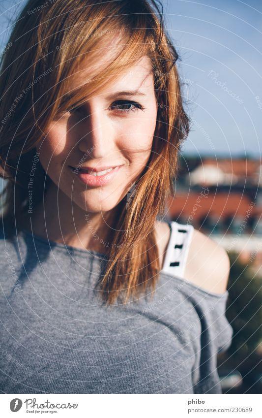 15 blau Jugendliche schön Sommer Freude Erwachsene Leben Glück träumen hell braun Gesundheit Zufriedenheit modern Lifestyle
