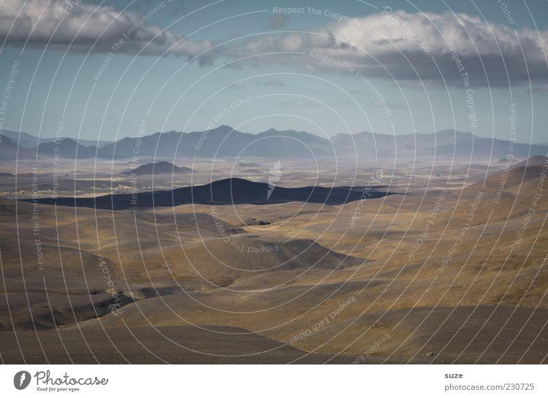 Hochebene Umwelt Natur Landschaft Urelemente Erde Himmel Wolken Horizont Hügel Berge u. Gebirge außergewöhnlich fantastisch trocken blau braun Einsamkeit Island