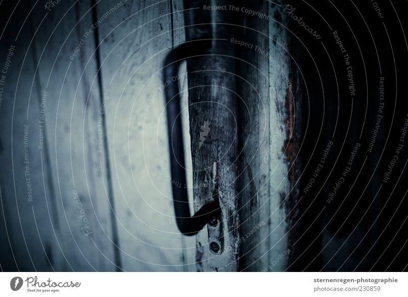 Cellar Door alt blau dunkel kalt Holz grau Gebäude Metall dreckig Tür Bauwerk Griff Keller Schiebetür