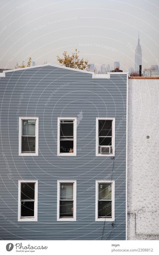 Graue Fassade graue fassade nyc ein lizenzfreies stock foto photocase