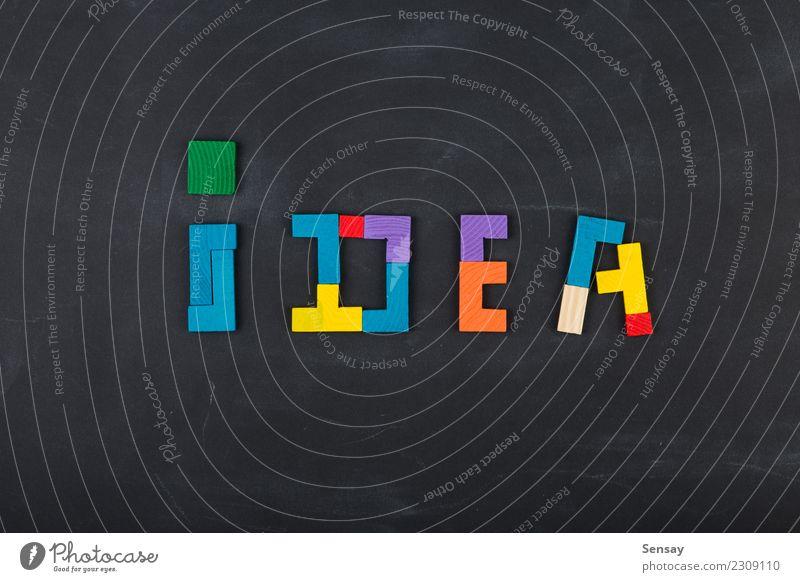 Kreatives Ideenlösungskonzept des Geschäfts Spielen Erfolg Tafel Familie & Verwandtschaft Menschengruppe Holz Denken schwarz Farbe Kreativität Präzision