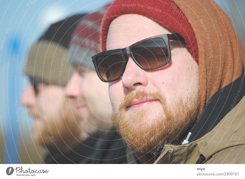 Tag am Meer Mensch maskulin Junger Mann Jugendliche Erwachsene 3 18-30 Jahre 30-45 Jahre Bekleidung Sonnenbrille Mütze rothaarig Bart Vollbart Behaarung