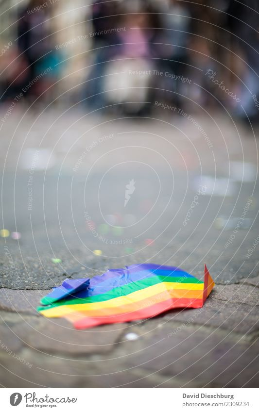 CSD Party Veranstaltung Feste & Feiern clubbing Tanzen Zeichen Fahne Lebensfreude Zusammensein Liebe Gerechtigkeit Fairness Homosexualität regenbogenfarben