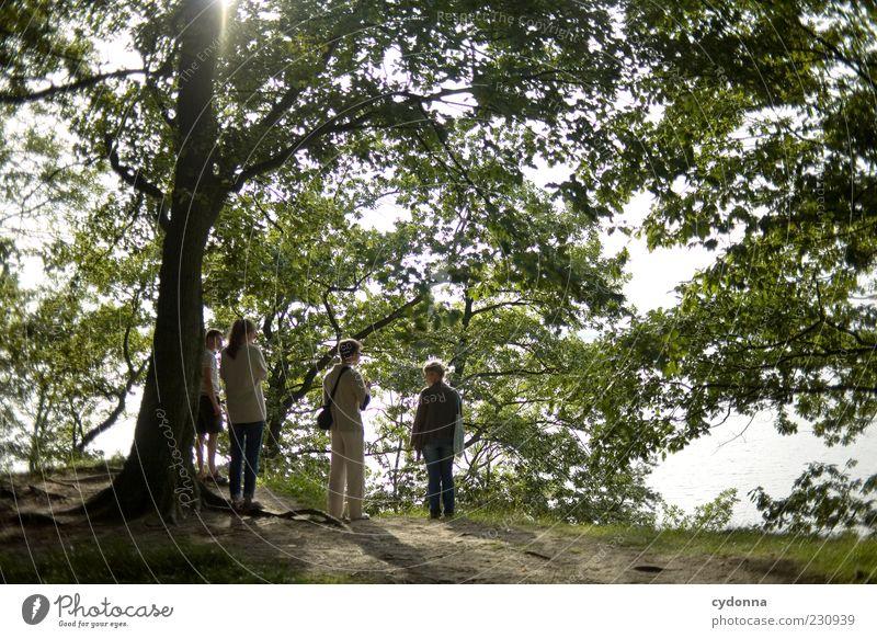 Zusammen ins Grüne Lifestyle Wohlgefühl Zufriedenheit Erholung Ausflug Ferne Freiheit wandern Mensch maskulin Freundschaft 4 Menschengruppe 18-30 Jahre