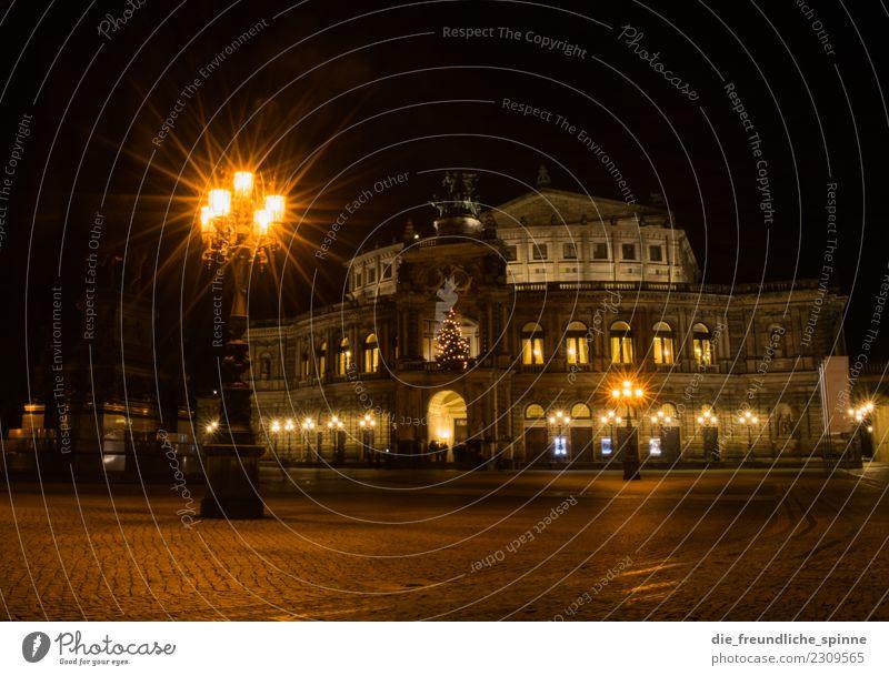 Semperoper & Theaterplatz bei Nacht Tourismus Sightseeing Städtereise Kunst Skulptur Architektur Theaterschauspiel Kultur Veranstaltung Operette Musik Opernhaus