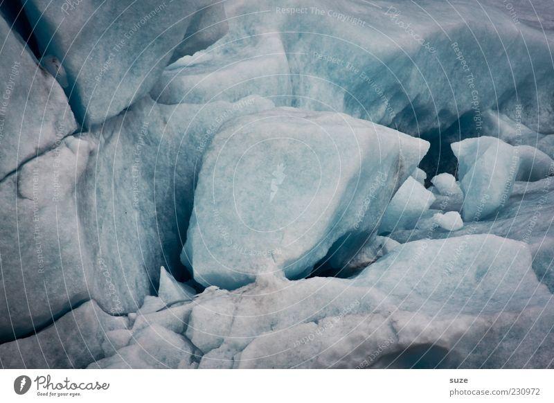 Käsebrot Umwelt Natur Urelemente Winter Klima Eis Frost Schnee kalt blau grau Eisberg Eisblock Brocken Farbfoto Gedeckte Farben Außenaufnahme Nahaufnahme