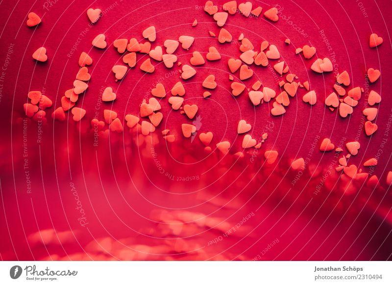 Herzen zum Valentinstag III Freude Papier Liebe Erotik violett rosa Gefühle Frühlingsgefühle Termin & Datum Verabredung Hintergrundbild Liebespaar Prisma backen