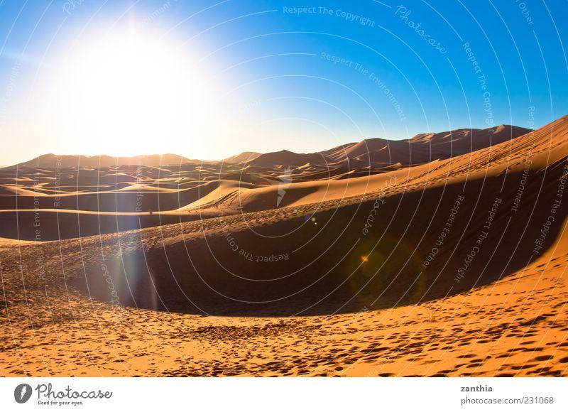 Sahara Natur Sonne Ferien & Urlaub & Reisen Einsamkeit Umwelt Landschaft Sand Horizont Tourismus Wandel & Veränderung Reisefotografie Wüste Afrika