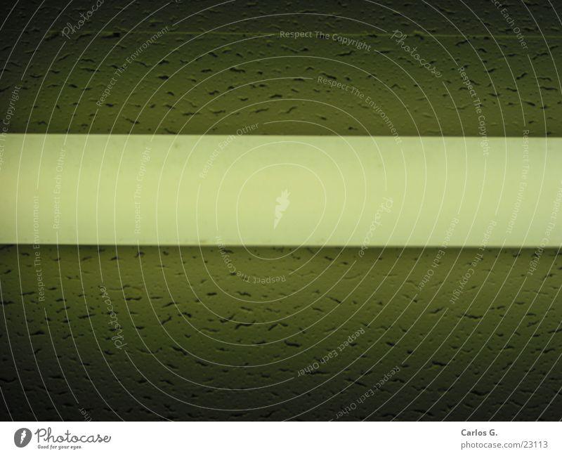 Röhre weiß obskur Neonlicht dezent