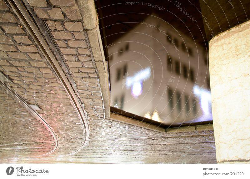 downtown Wasser dunkel Straße Architektur Gebäude Linie Bauwerk Gleise Bankgebäude Verkehrswege bizarr Pflastersteine Wasseroberfläche Straßenbahn