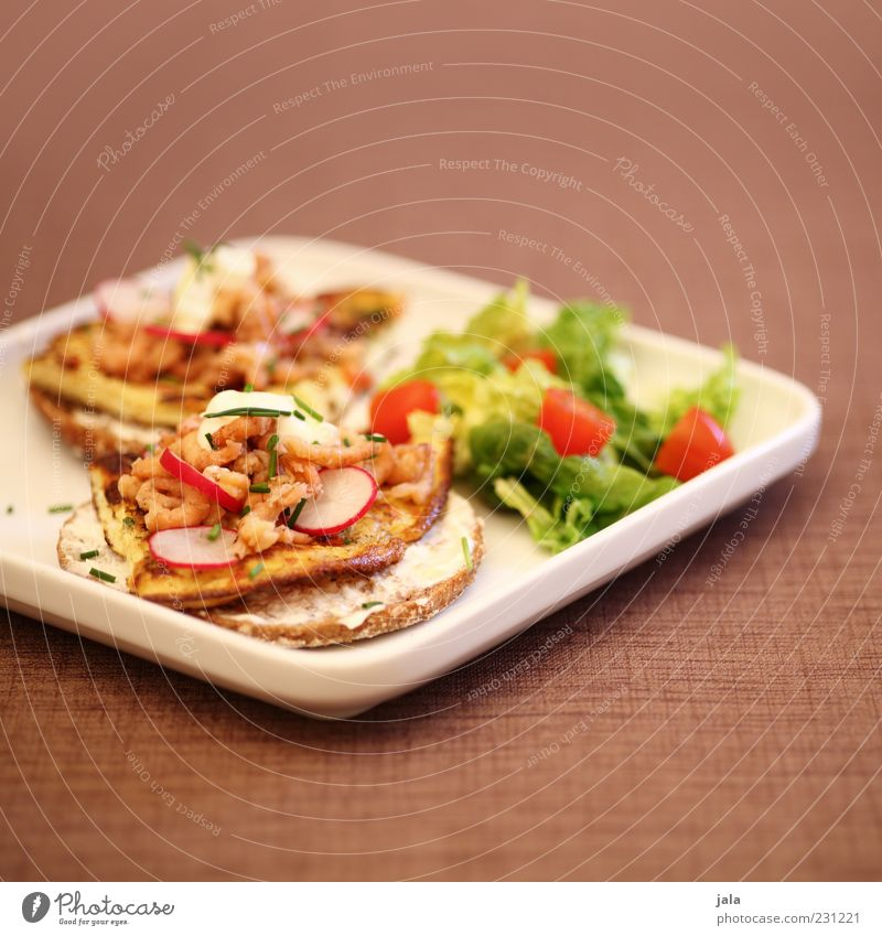 häppchen Lebensmittel Meeresfrüchte Gemüse Salat Salatbeilage Tomate Omelett Radieschen Krabbe Ernährung Mittagessen Büffet Brunch Bioprodukte Fingerfood Snack