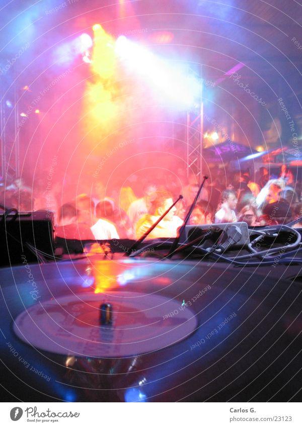 Fogcrowd 2 Party Techno Disco Mensch Nebel Schallplatte obskur Electro Tanzen Bündel Plattenspieler Technik & Technologie Plattenteller