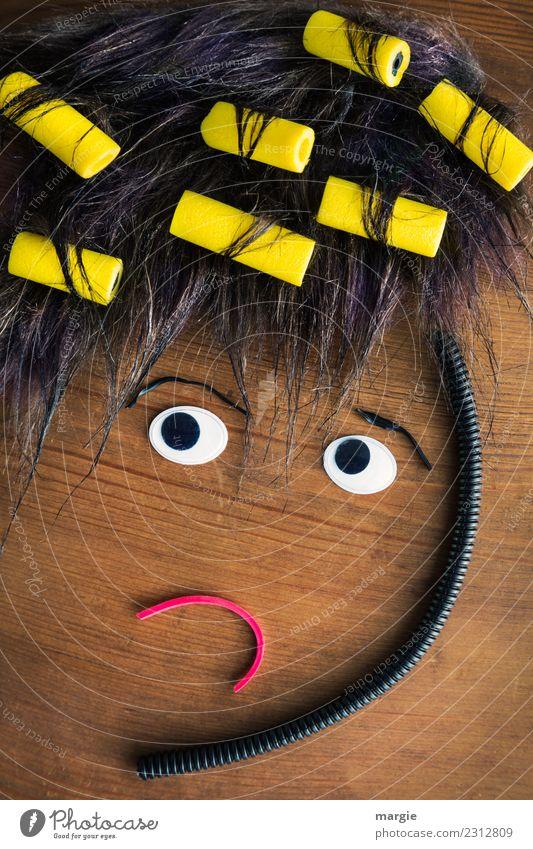 Emotionen...coole Gesichter: Hausfrau mit Lockenwickler schön Körperpflege Haare & Frisuren Mensch feminin Junge Frau Jugendliche Erwachsene Auge Mund 1 Mode