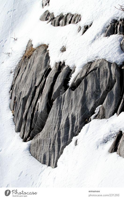 alte Liebe verwittert nicht Ferien & Urlaub & Reisen Winter Schnee Berge u. Gebirge Natur Landschaft Eis Frost Alpen Stein fest kalt weiß Verliebtheit Herz