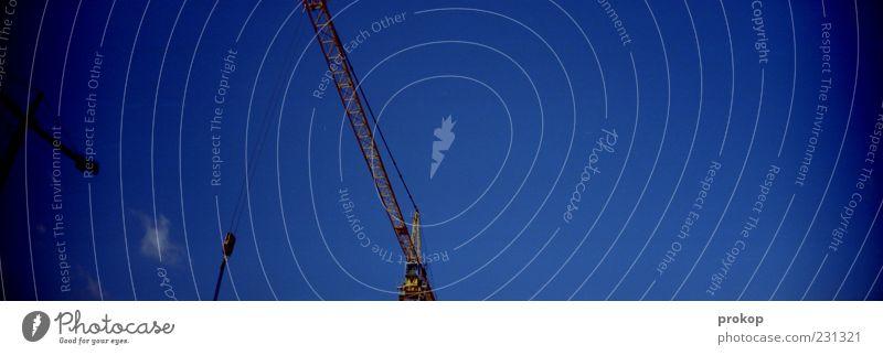 Ostkreuz Ballett Himmel blau Wolken Ferne Zufriedenheit groß frei Wachstum Ordnung Perspektive Schönes Wetter Beginn planen Baustelle Unendlichkeit Panorama (Bildformat)