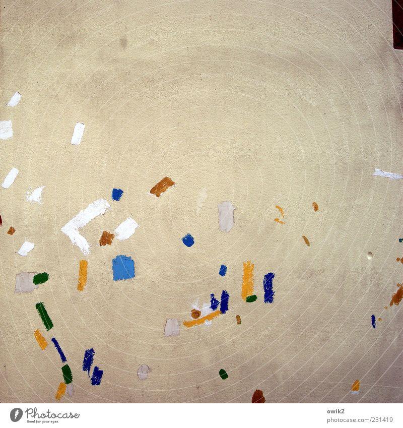 Punkte sammeln Haus Farbstoff Farbenwelt mehrfarbig Fleck getupft Mauer Wand Fassade blau braun gelb weiß Design Idee Inspiration minimalistisch Farbfoto