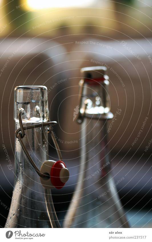 Zeit zu gehen offen Glas geschlossen leer Getränk Wein Flasche Alkohol Sucht Erfrischungsgetränk Durstlöscher Flaschenhals Alkoholsucht Spirituosen Verschluss
