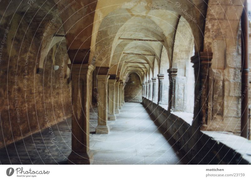 kreuzgang Licht ruhig Gotteshäuser Kloster Religion & Glaube Arkaden internat pforta