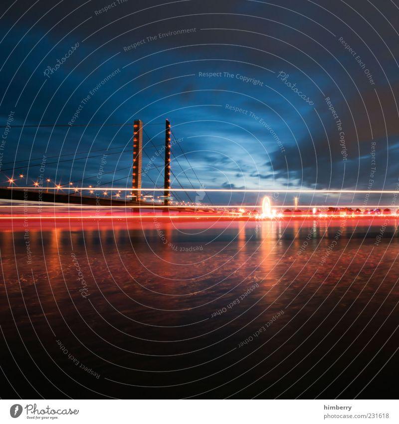 redline Wasser Stadt Freude träumen Stimmung Brücke Fluss Güterverkehr & Logistik Hafen Jahrmarkt Flussufer Handel Hauptstadt Düsseldorf Wasseroberfläche Rhein