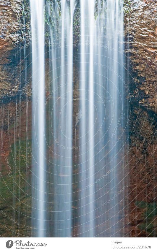 Wasserfall Wasser Bewegung Hintergrundbild Kraft Felsen Energie wild Wassertropfen ästhetisch fallen rein deutlich Textfreiraum Wasserfall fließen Naturschutzgebiet