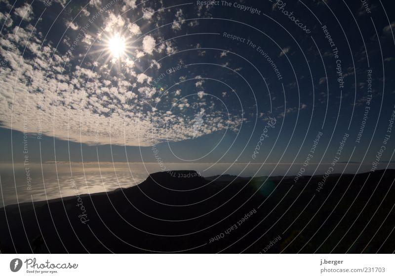 sonne satt Himmel Natur blau Sonne Meer Sommer Wolken Ferne Landschaft Horizont Felsen Urelemente Blendenfleck Kanaren Wolkenhimmel Gomera
