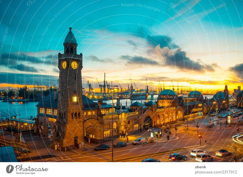 Hamburg Abend-Skyline Stadt Hafenstadt Stadtzentrum Altstadt Bauwerk Gebäude Architektur Sehenswürdigkeit Ferien & Urlaub & Reisen Landungsbrücken Hansestadt