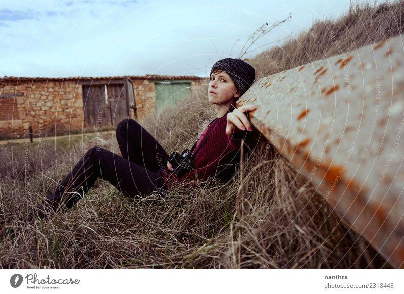 Mensch Natur Ferien & Urlaub & Reisen Jugendliche Junge Frau Pflanze Junger Mann Erholung Einsamkeit ruhig Winter Ferne 18-30 Jahre Erwachsene Lifestyle Umwelt