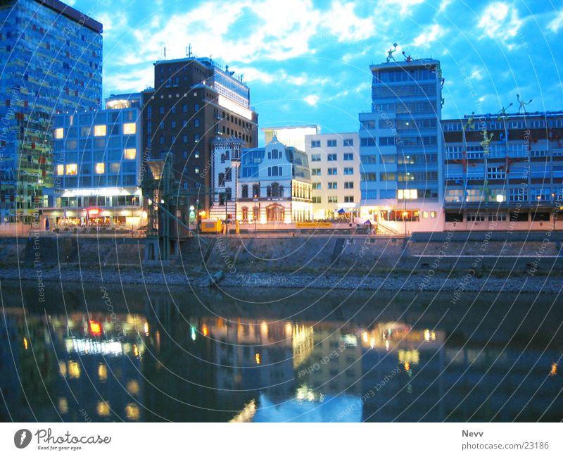 Medienhafen Wasser Himmel blau Europa Hafen Düsseldorf