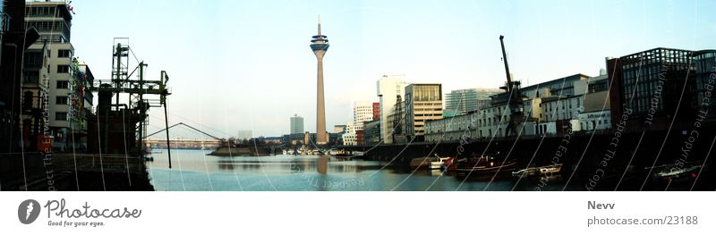 Medienhafen Panorama Europa Düsseldorf Hafen Häser Wasser Himmel Fernsehturm