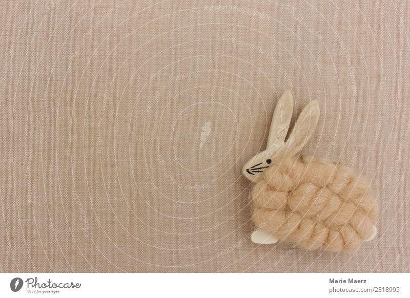 Osterhase aus Holz Ostern Feste & Feiern einfach schön natürlich Frühlingsgefühle Vorfreude Freizeit & Hobby Hase & Kaninchen Hintergrundbild beige Textfreiraum