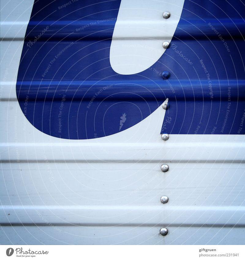 x für u Schriftzeichen Schilder & Markierungen Buchstaben Aufschrift Aufdruck blau weiß Niete Metall Streifen Anschnitt Quadrat Strukturen & Formen Farbfoto