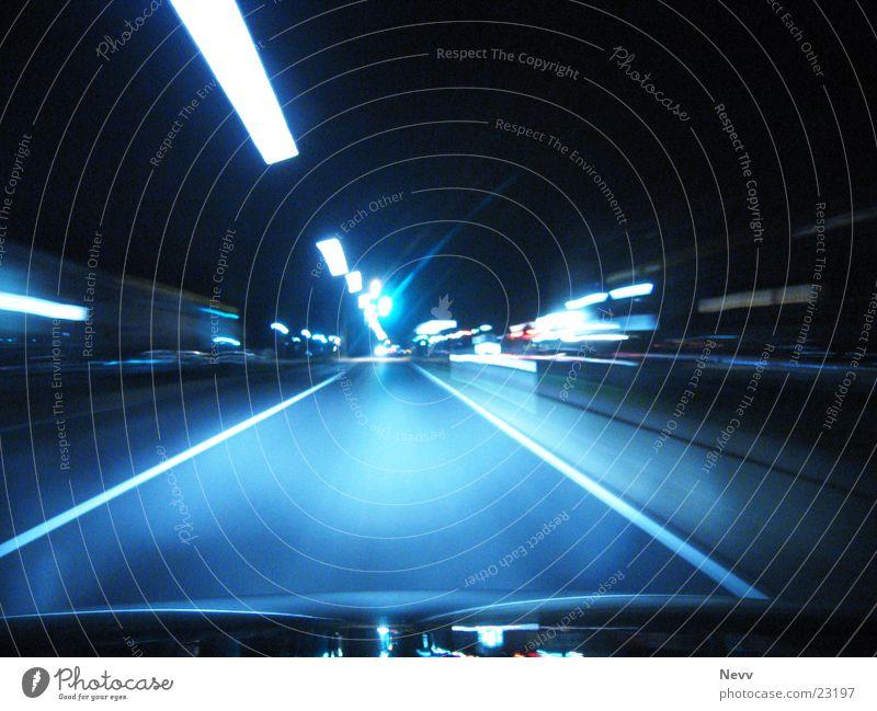 Speed anyone?? PKW Verkehr Geschwindigkeit Autobahn Landstraße