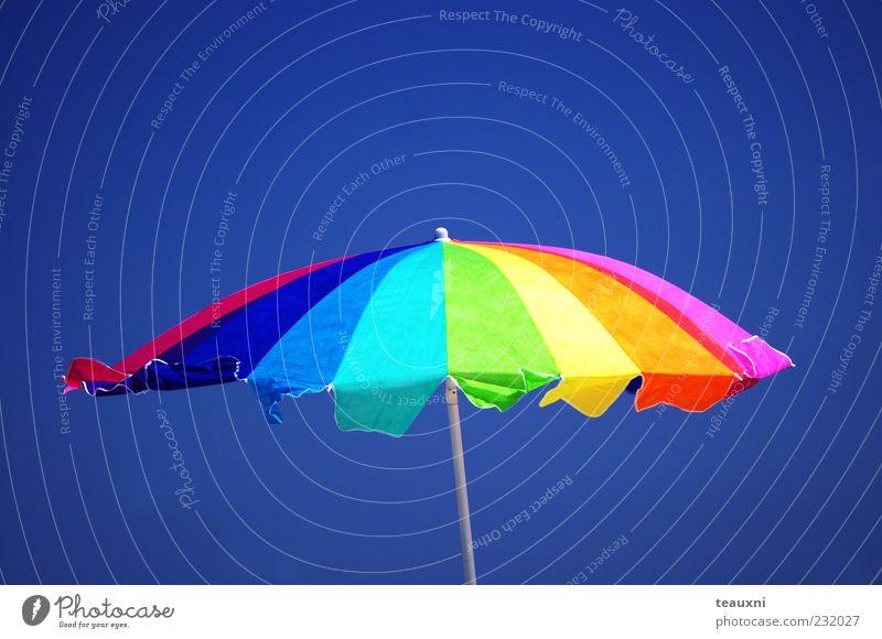 Regenbogensonnenschirm Schwimmen & Baden Freizeit & Hobby Ferien & Urlaub & Reisen Sommer Sommerurlaub Sonne Sonnenbad Strand Luft Himmel Sonnenlicht