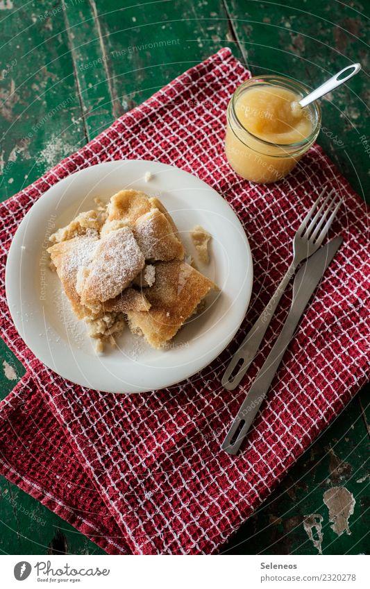 Kaiserschmarrn Lebensmittel Süßwaren Pfannkuchen Apfelkompott Ernährung Essen Frühstück Mittagessen Bioprodukte Besteck frisch lecker süß Farbfoto Innenaufnahme