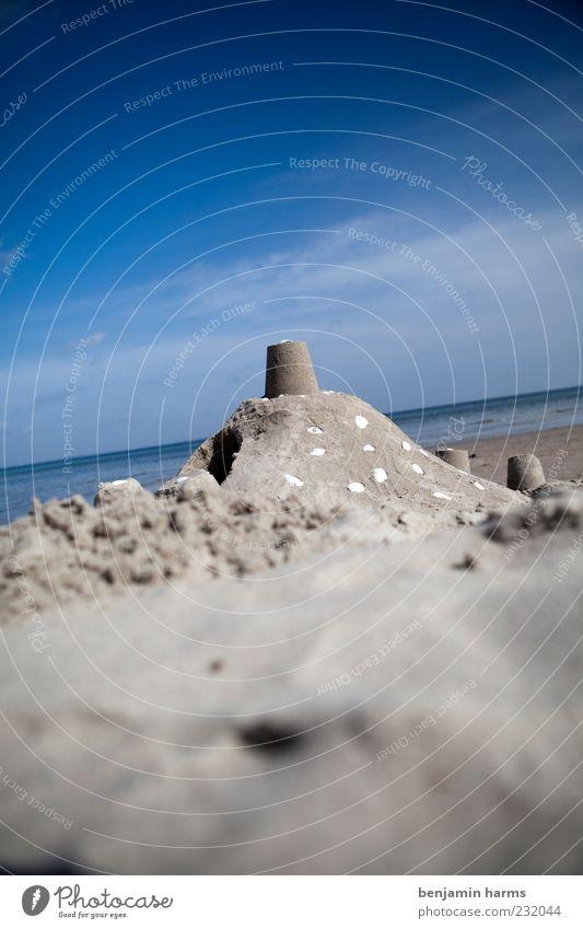 tag am meer #1 Sandburg Wasser Wolken Schönes Wetter Strand Ostsee Meer Muschel Muschelschale Farbfoto Außenaufnahme Menschenleer Tag Freizeit & Hobby