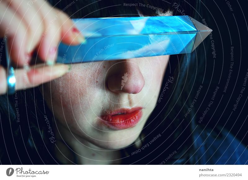 Surreales Porträt über die Phantasie Design exotisch schön Mensch feminin Junge Frau Jugendliche 1 18-30 Jahre Erwachsene Kunst Künstler Kultur schwarzhaarig