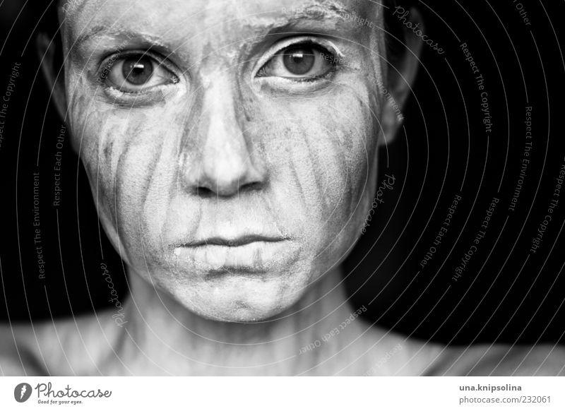 isolément Haut Gesicht feminin Junge Frau Jugendliche Erwachsene 1 Mensch 18-30 Jahre dunkel einzigartig Gefühle bizarr gestreift außergewöhnlich
