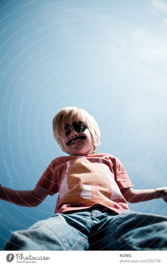 admiral action Mensch Kind Freude Gesicht Junge Kindheit Fröhlichkeit Karneval Bart Schminke Karnevalskostüm Kinderspiel 3-8 Jahre Oberlippenbart Pirat angemalt