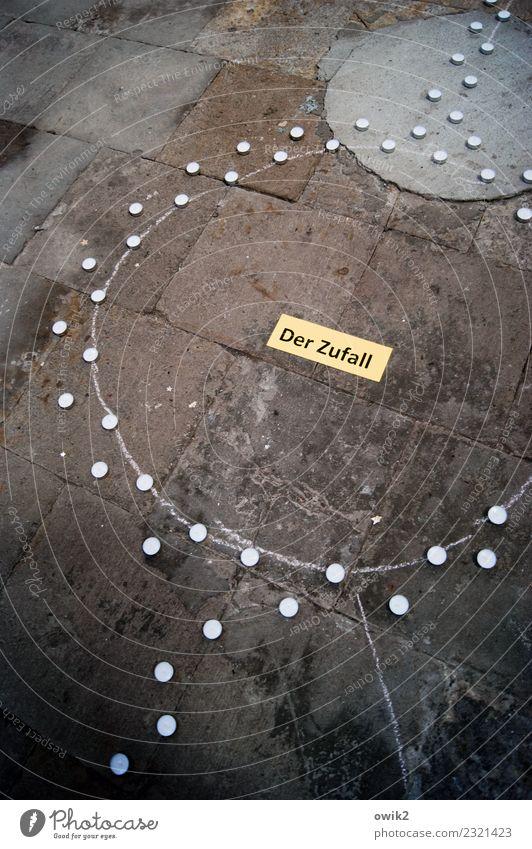 Philosophie Kirche Teelicht Meditation Kreis Denken Zufall Schilder & Markierungen Stein Schriftzeichen dunkel unten geduldig Unglaube Misstrauen Station