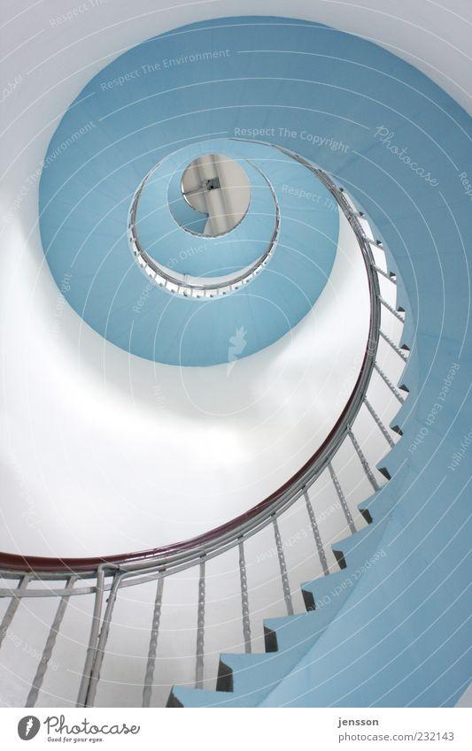 himmelblaue Himmelsleiter blau weiß Wand Architektur Gebäude Mauer hell hoch Treppe ästhetisch Turm rund Ziel Bauwerk Unendlichkeit Treppengeländer