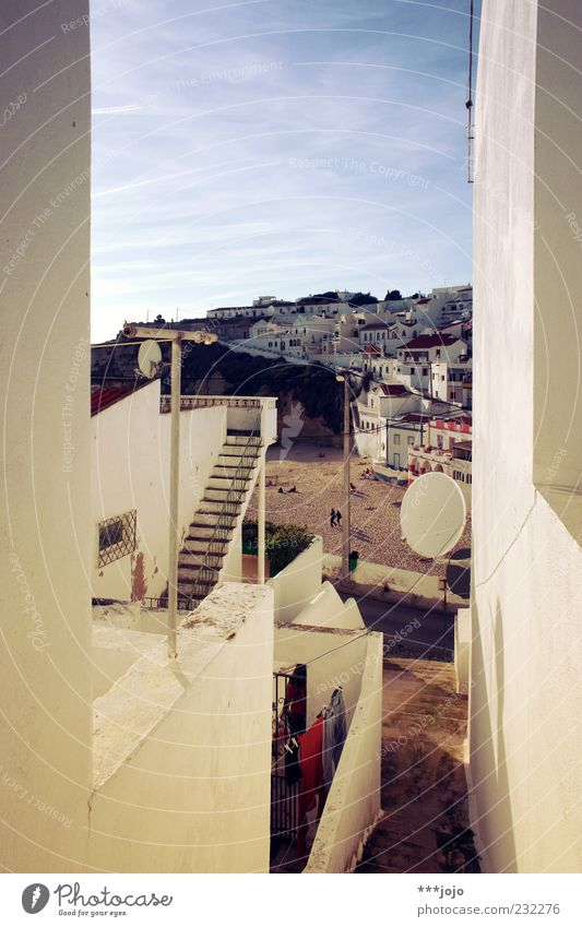 südschlucht. Carvoeiro Ferien & Urlaub & Reisen Algarve Stadt Kleinstadt Süden Portugal Strand Sandstrand Haus Putz weiß steil Urlaubsort Fischerdorf Treppe