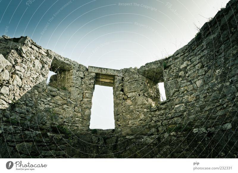 wall Himmel alt Fenster Wand Stein Mauer Tür Fassade rund Denkmal historisch Ruine antik Römerzeit