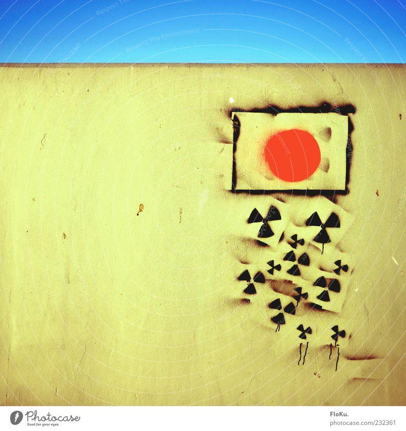 Japanische Tränen blau rot dunkel Graffiti grau Stein Mauer Angst dreckig Schilder & Markierungen Energie gefährlich Hinweisschild bedrohlich Zeichen Todesangst