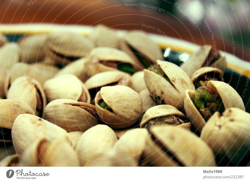 Knabberzeugs Lebensmittel Frucht Pistazie Nuss Hülsenfrüchte lecker salzig grün braun Dessert Ernährung Bioprodukte Vegetarische Ernährung Fingerfood Geschirr